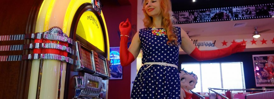jukebox and more retro Gadgets